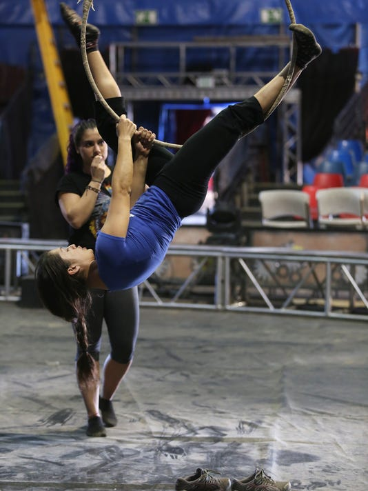 TDS Circus prestory 5.jpg