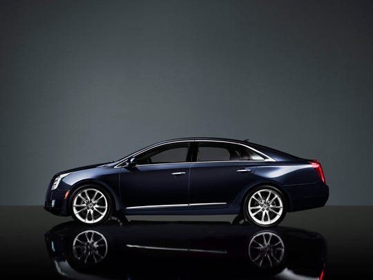 2013-Cadillac-XTS-029