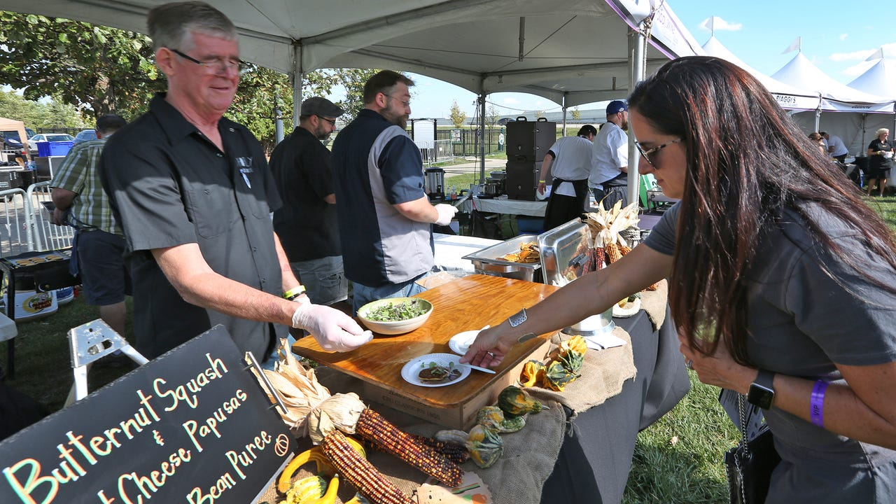 2017 IndyStar Wine & Food Experience sights and sounds.  What did you miss?