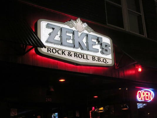 635585919719734961-zekes-rock-roll-bbq-09