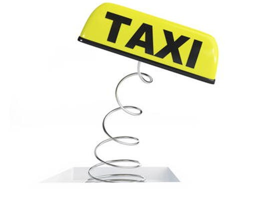 635515610066120350-taxi