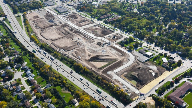 Greenfield's 84 South mixed-use development, which is just off I-894, has landed an Aurora Health Care outpatient surgery center and medical office building.