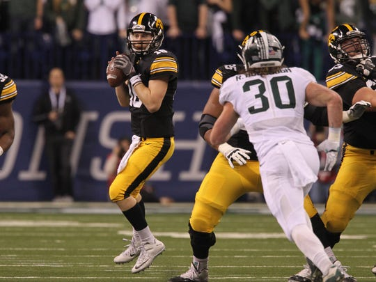 Iowa quarterback C.J. Beathard is on the watch list for the Maxwell Trophy given to college footbaall's best player.