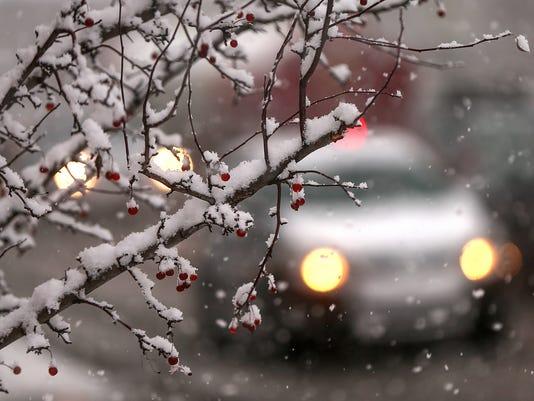 636172310425003083-1213-snow-JRW-13.JPG