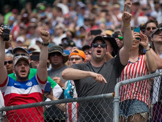 Fans go wild as Team Penske IndyCar driver Will Power