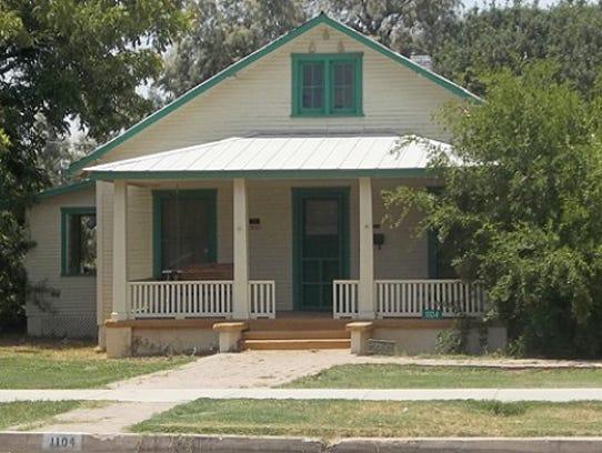 Hiatt-Barnes House