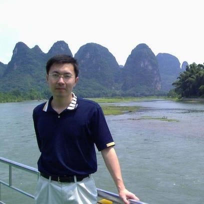 Yiwei Zheng