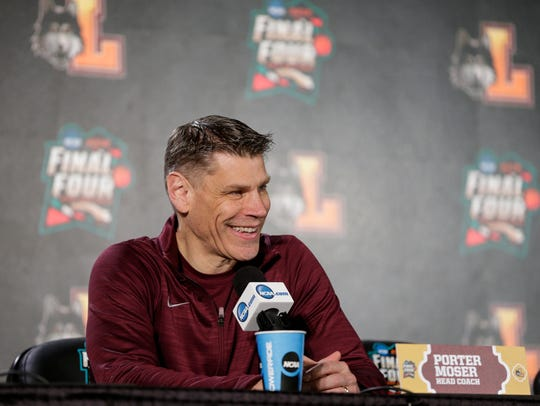 Loyola-Chicago coach Porter Moser speaks at the Final Four, March 30, 2018.