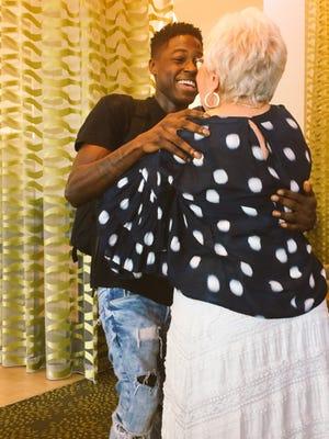 "Spencer Sleyon flew 1,000 miles to Florida to meet his 81-year-old ""best friend"" -- Rosalind ""Roz"" Guttman."