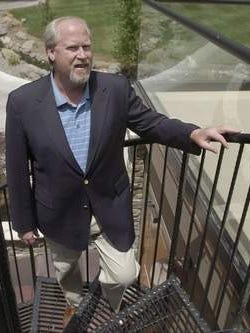 A federal grand jury looking into Harvey Whittemore's campaign contribution activity heard from five witnesses this morning at the Reno federal courthouse.