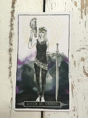 Leo (7/23-8/23) // Queen of Swords Your determination