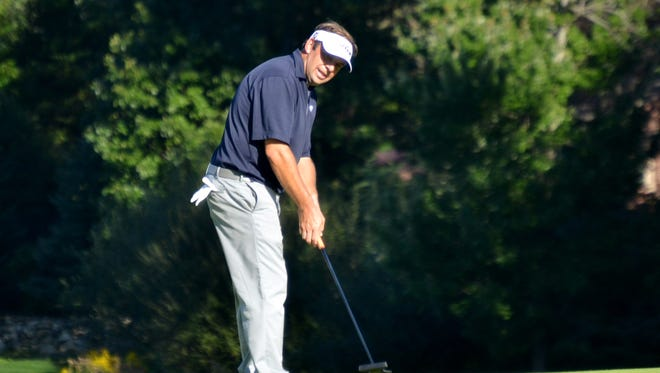 Matt Dobyns comes up just short on a birdie putt Thursday on the 17th hole at Siwanoy C.C. during the final round of the Lincoln Met PGA Championship. Dobyns won by 10 shots.