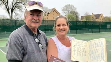 Keeping score: Nobody focuses on tennis like the Websters