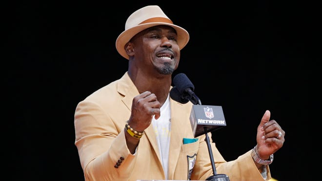 CANTON, OH - AUGUST 04: Brian Dawkins speaks during the 2018 NFL Hall of Fame Enshrinement Ceremony at Tom Benson Hall of Fame Stadium on August 4, 2018 in Canton, Ohio. (Photo by Joe Robbins/Getty Images) ORG XMIT: 775179933 ORIG FILE ID: 1011142792