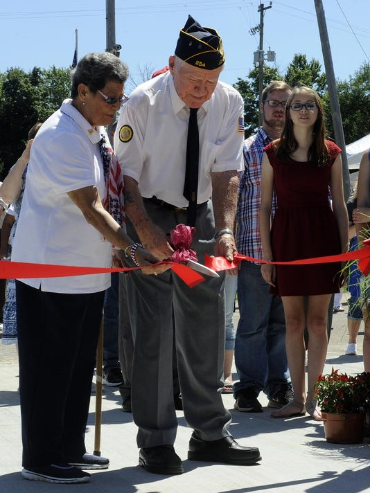 Johnstown opens new veteran memorial
