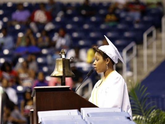 forum-graduate06