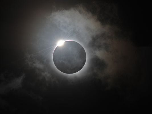 1397479622000-eclipse1114120013