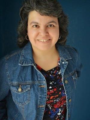Author Amy Bennett