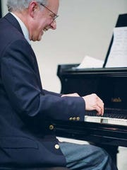Pianist Rod Blumenau