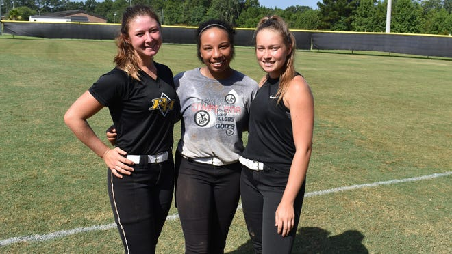 Richmond Hill pitchers (from left) Katie Rearley, Kayla Ragins and Allie Washington are preparing for the start of the 2020 season.