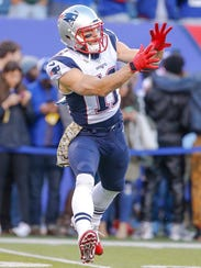 Can Julian Edelman jump-start the Patriots' offense?
