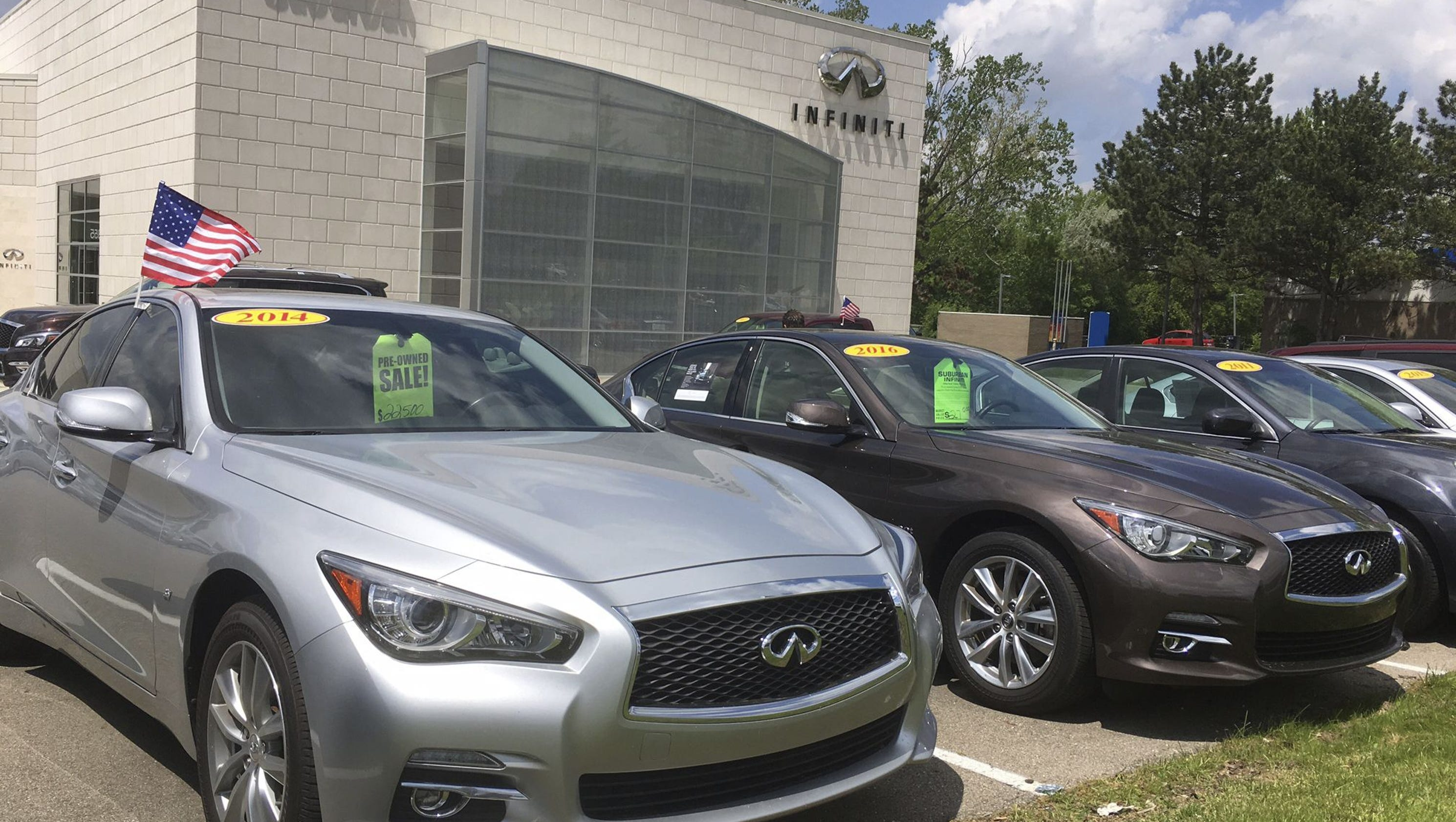 f lease used cars are flooding market pushing prices down