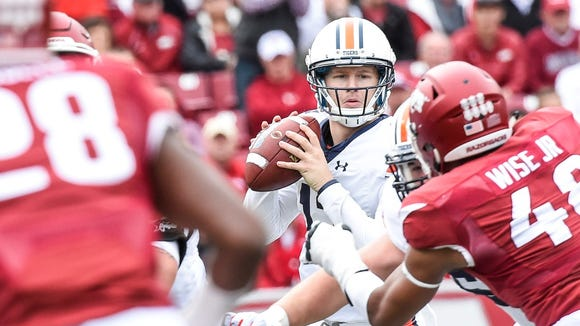 Auburn coach Gus Malzahn has named third-year sophomore Sean White the starting quarterback for next week's season opener against Clemson.