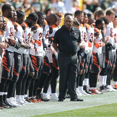 Opinion: NFL anthem policy is a 'Fail Mary'