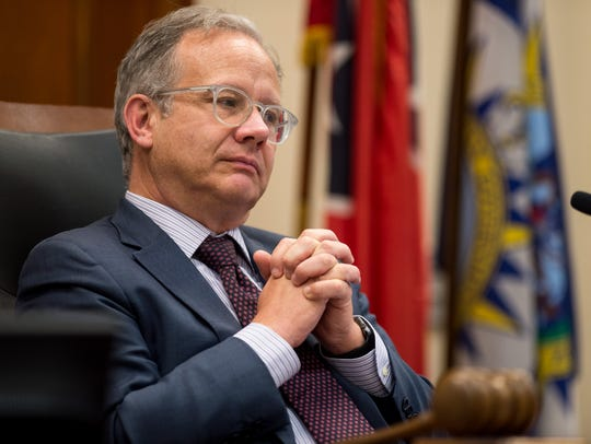 Vice Mayor David Briley listens to council members