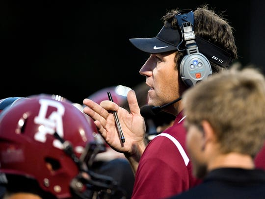 Davidson Academy coach Jonathan Quinn played in the NFL.