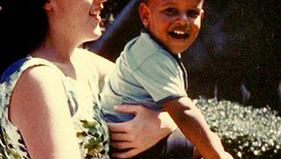 Stanley Ann Dunham and her young son, Barack Obama.