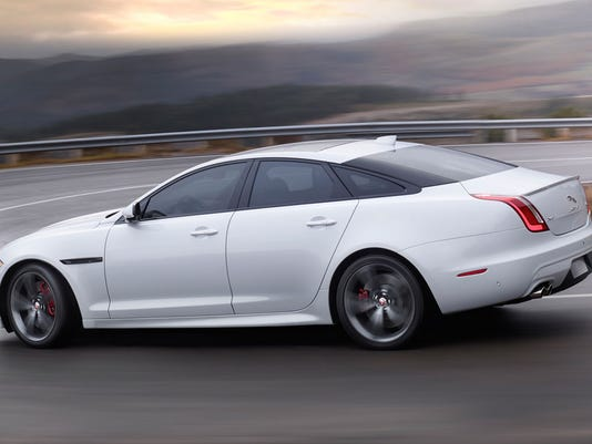635988561897026614-2016-Jaguar-XJL-Portfolio.jpg