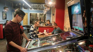 New breakfast and lunch restaurant to replace closing Forbidden Planet in Iowa City