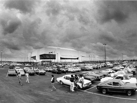 Meadowlands arena.JPG