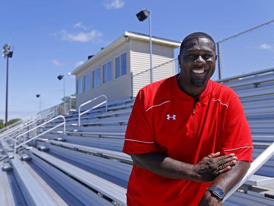 Larry Fitzgerald's high school defensive coordinator