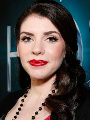 "Stephenie Meyer will speak about her ""Twilight"" series Oct. 8 at Comic Con in New York."