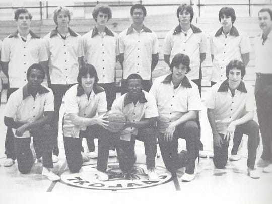 The 1980 Lincoln High basketball team, with Espaillat in back center.
