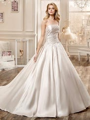 Wedding Dress Full Skirt