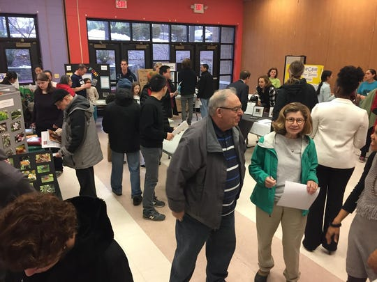 Highland Park residents cast their vote for their favorite programs in the borough's Park Partners Community Grant program.