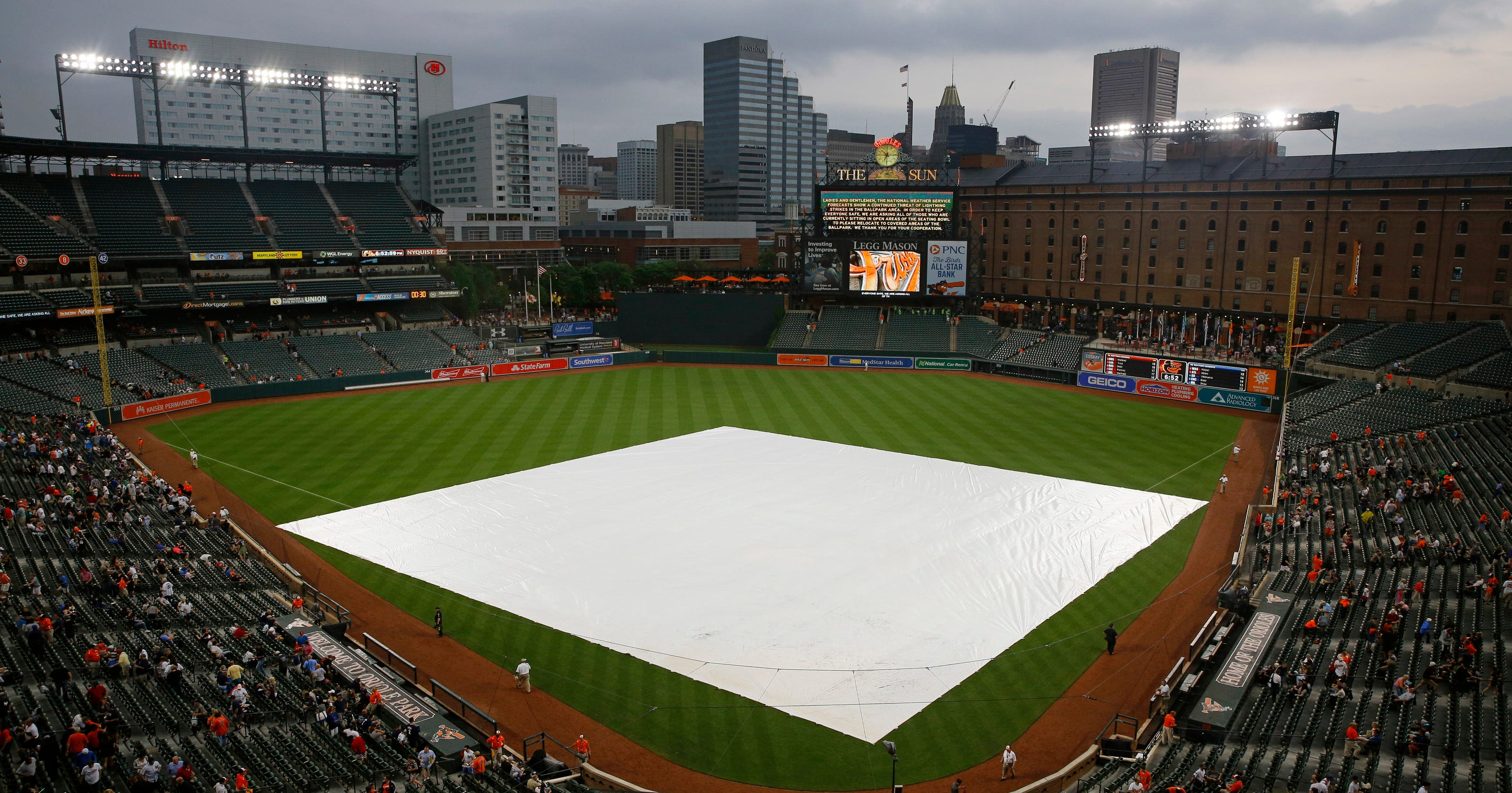 95dd45025 Yankees-Orioles postponed by rain  makeup set for July 9 DH