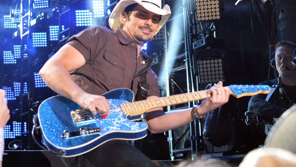 Brad Paisley is coming to Darien Lake for an Aug. 19