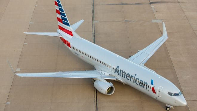An American Airlines Boeing 737 taxies to a gate at Dallas/Fort Worth International Airport on Oct. 14, 2016.