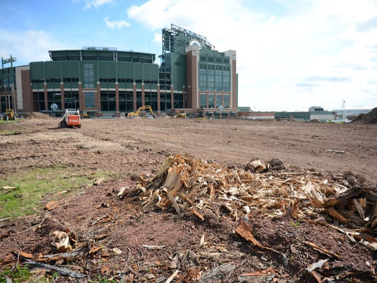 The corner of Barberry Lane and Wildwood south of Lambeau Field has now returned to open field as it was when the new City Stadium was built in 1957.