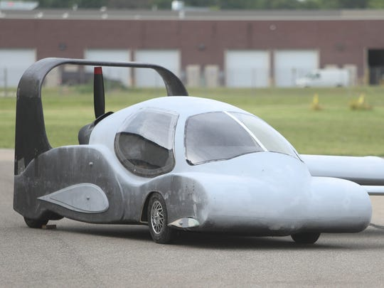 Detail of the front end of this prototype Flying Car