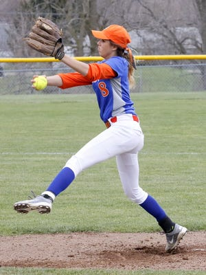 Mckenzie Slaven of Edison delivers a pitch Wednesday during a 5-1 victory at Elmira Notre Dame.