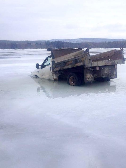 BUR 0402 ice warning C1.jpg
