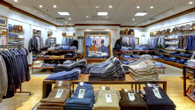 Oak Hall plans to open a store in Green Hills.