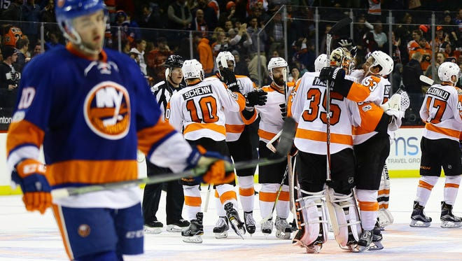 Snapping a three-game losing streak, the Flyers notched a 3-2 overtime win against the New York Islanders