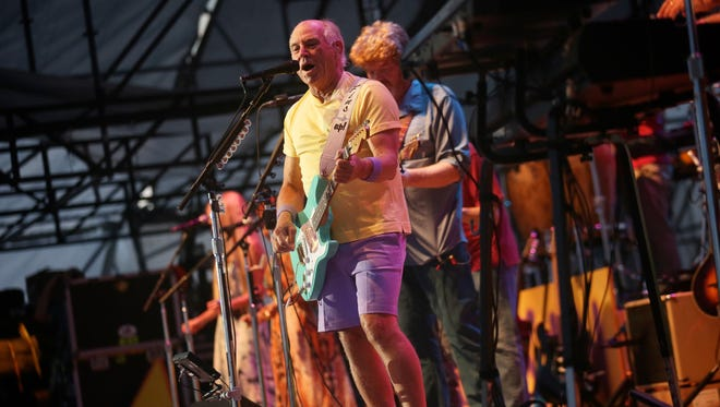 Jimmy Buffett performs for the crowd on Thursday, June 25, 2015, at West Riverfront Park in Detroit.