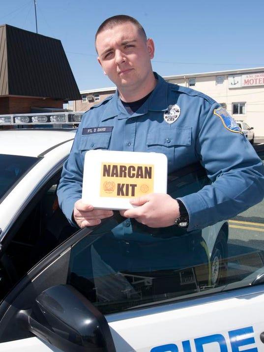 Narcan0416b.jpg